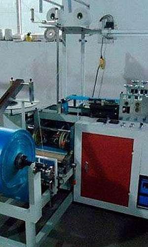 Máquina para fabricar sapatilhas